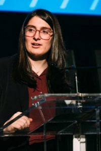 photo of Alyx Bernstein